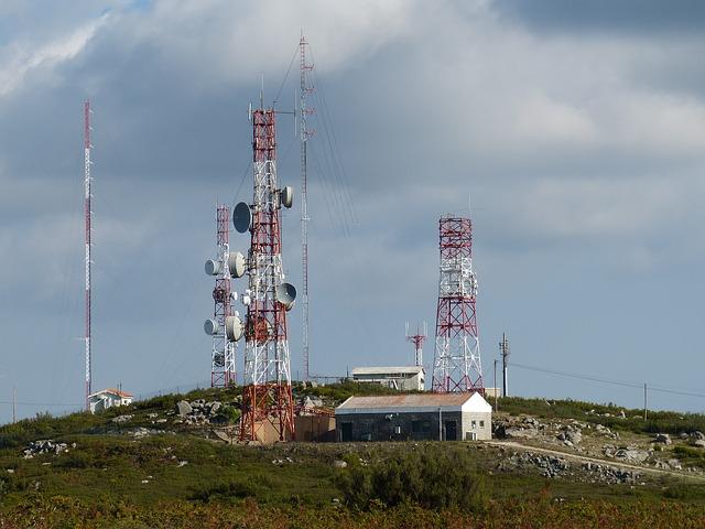 antenna-227799_640